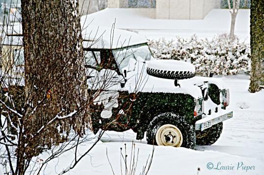 SnowyLandRover2
