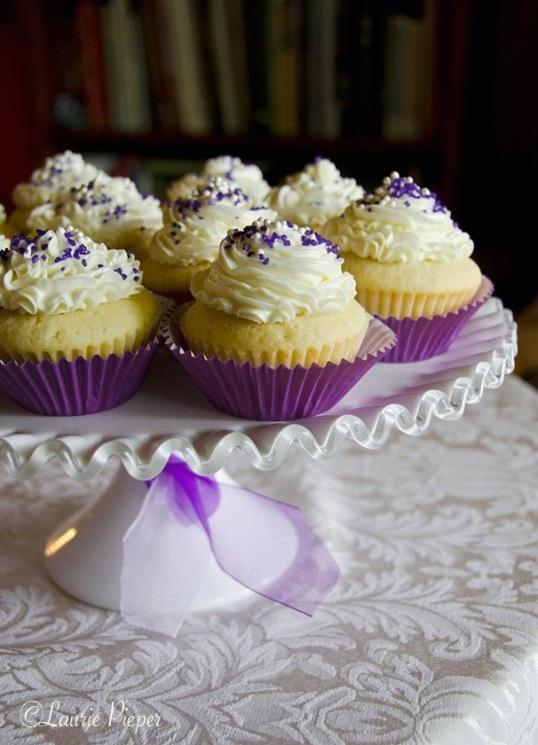 CupcakesWhitePurple