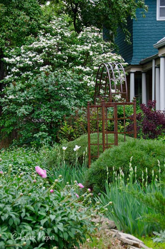 GardenArborSide